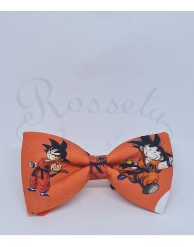 Conjunto de pajarita y tirantes calaveras en color gris
